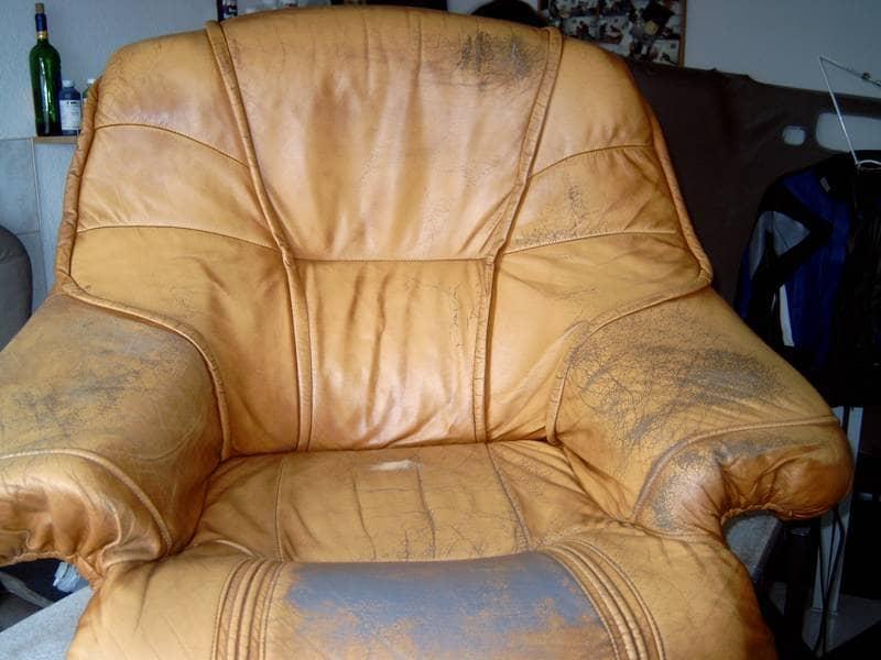 Как почистить кожзам диван в домашних условиях 198